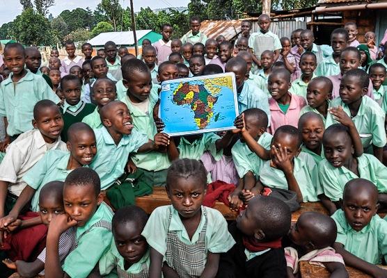 travel photo: kenya children
