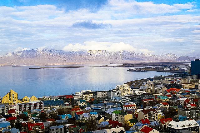 Get cultured a travel guide to reykjavik iceland for Casette di legno in islanda reykjavik