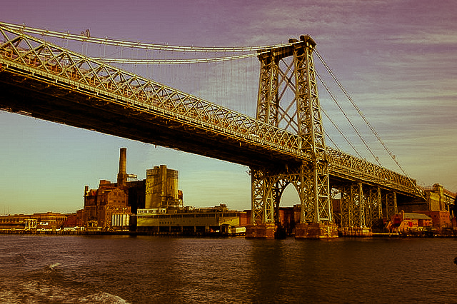 williamsburg 1 Get Cultured: Williamsburg   A Local Guide to this Inspiring Brooklyn Neighborhood