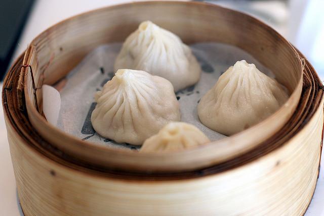 Singapore hawker food culture - xiao long bao