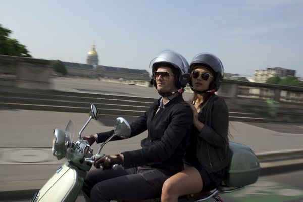 vespa Get Cultured: Paris. An Au Courant Guide to the City of Light